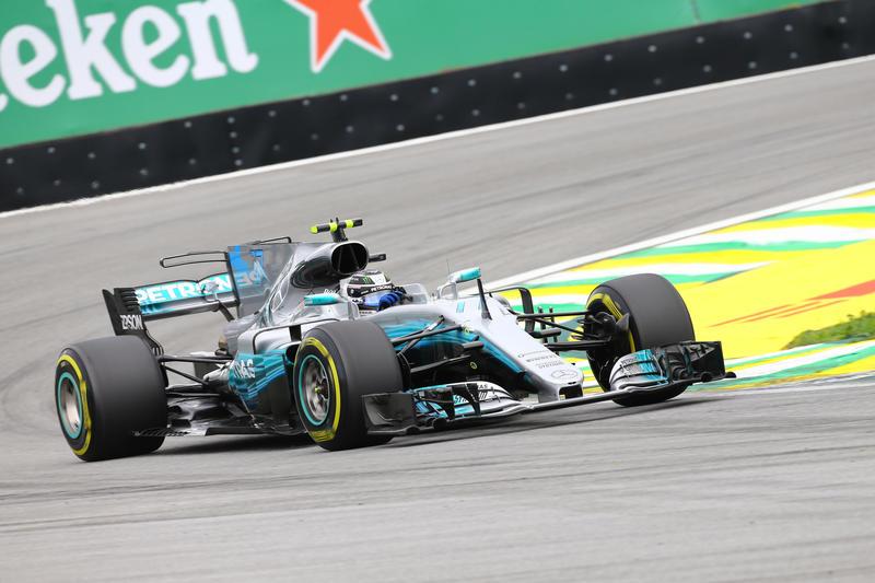 F1 GP Brasile, Qualifiche: Pole di Bottas, Hamilton fuori in Q1