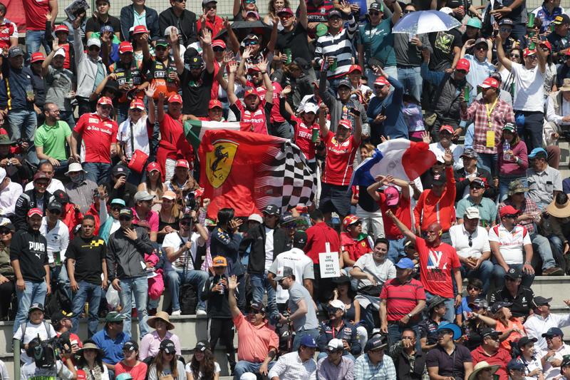 F1 | Mondiale 2017, aumentata dell'8% l'affluenza di pubblico nei circuiti