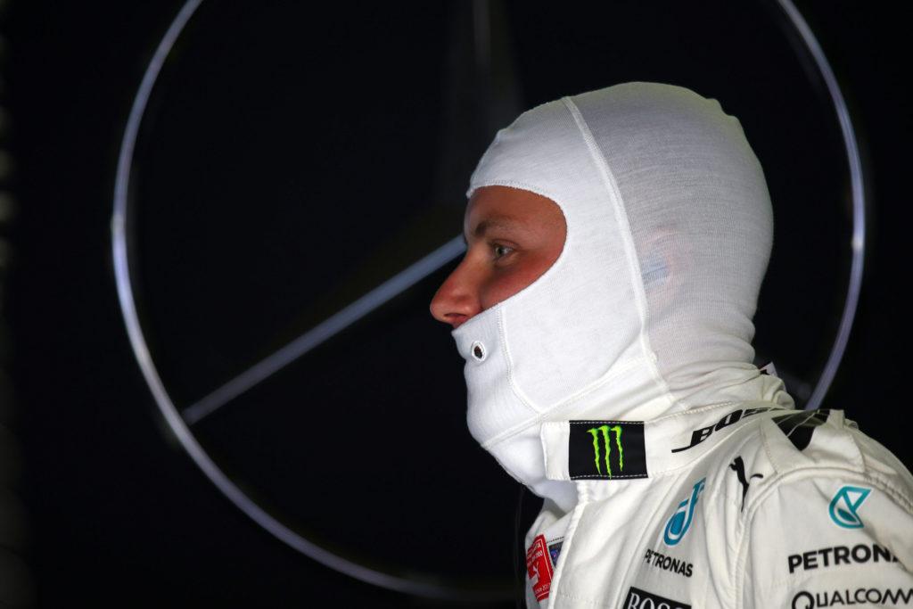 F1 | Ecco il nuovo casco di Valtteri Bottas, disegnato da un suo fan [FOTO]