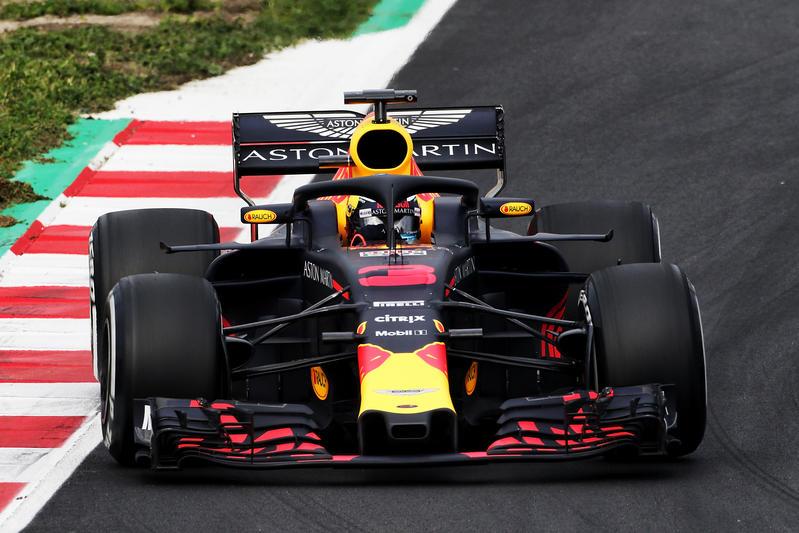 Test F1 Barcellona 2018, Giorno 1: Mattinata alla Red Bull di Ricciardo