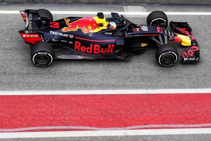 Test F1 Barcellona 2018, Giorno 1: Ricciardo chiude al top