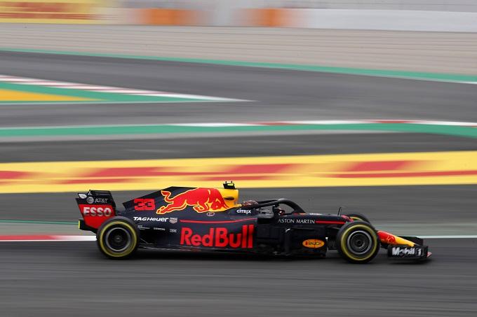 F1 | Red Bull: Jack Dennis farà il suo debutto sulla RB14 nei test di Barcellona
