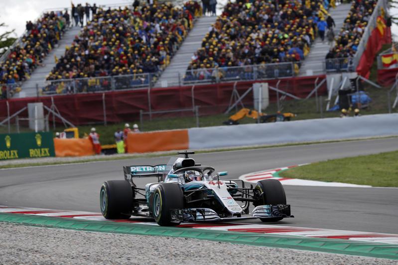 F1 GP Spagna: Hamilton torna a comandare, prima doppietta stagionale per la Mercedes