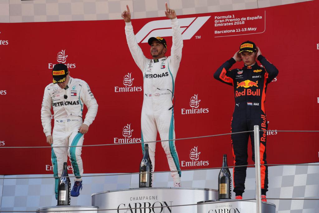 F1 | Pagelle GP Spagna – Hamilton The Hammer martella, la Ferrari non fa girare le gomme (che caso!)