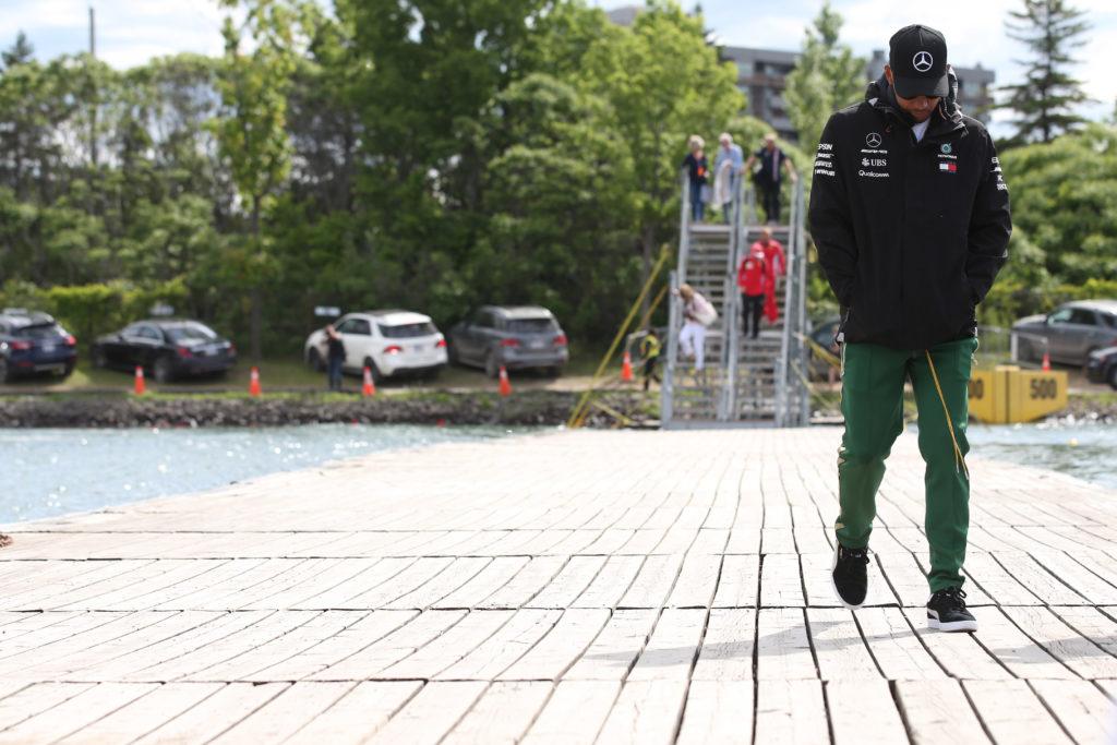"F1 | Hamilton senza sorriso: ""Almeno… ho finito la gara!"""