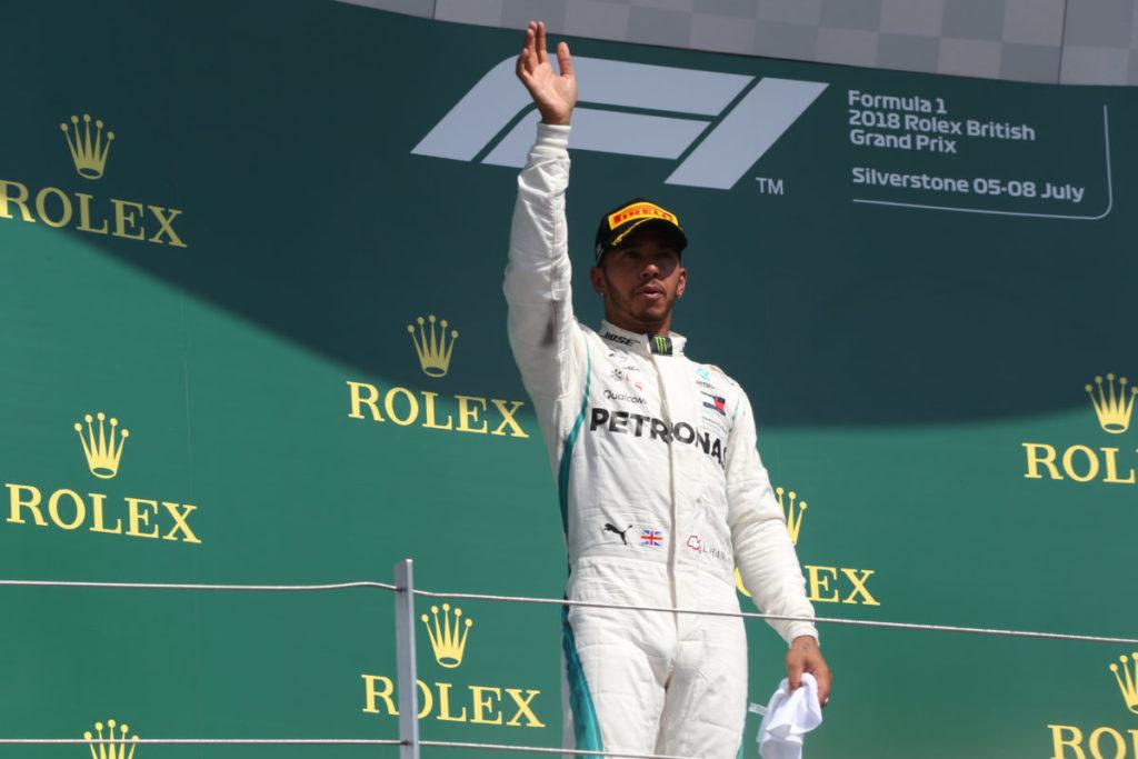 Mercedes, ufficiale: Hamilton rinnova fino al 2020