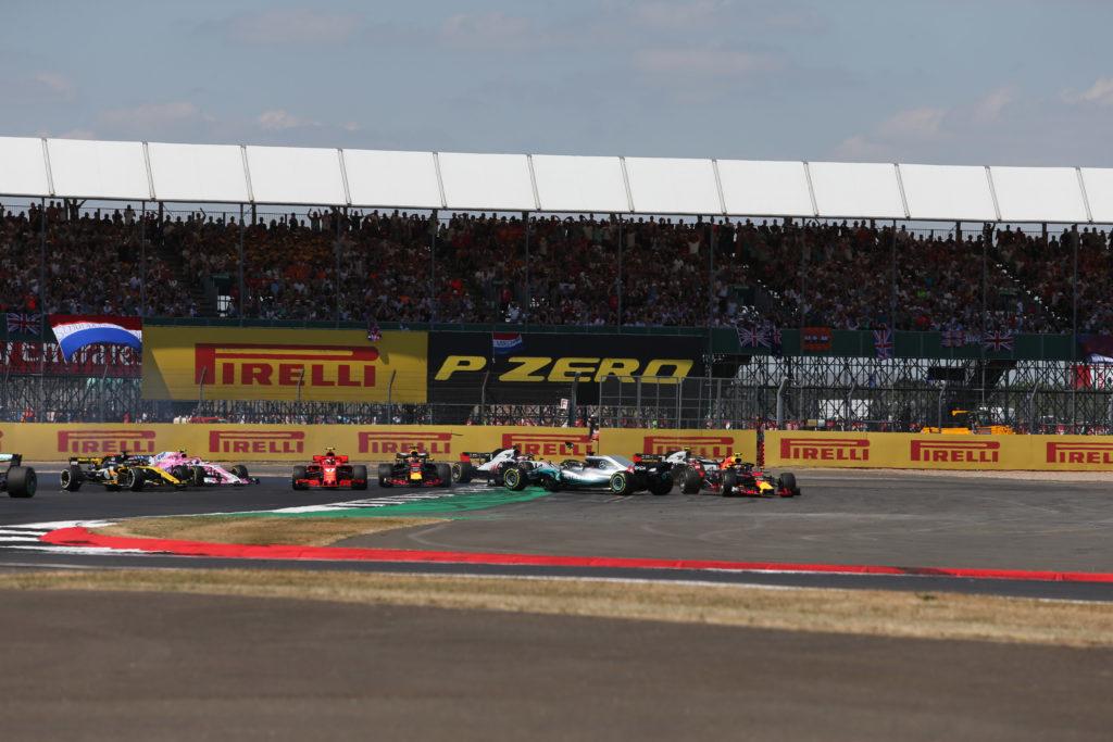 "Formula 1 | Horner difende Raikkonen: ""Contatto Kimi – Lewis? Normale incidente di gara"""