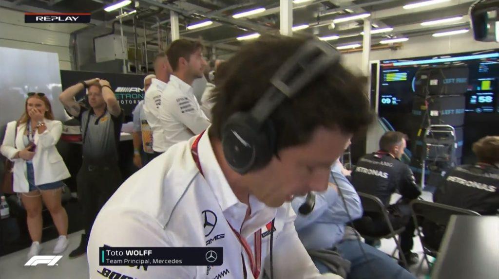 F1   Pirelli, Isola difende su Twitter la reazione dell'addetto all'interno del box Mercedes