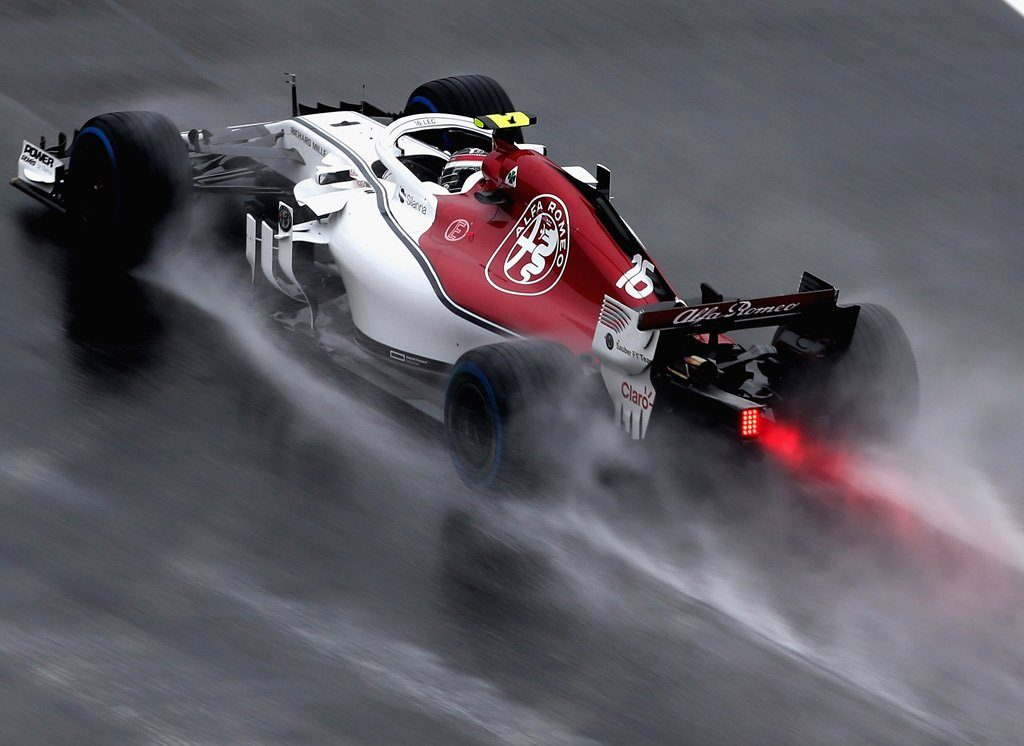 Harakiri Vettel, in Germania trionfo clamoroso di Hamilton: era partito 14°