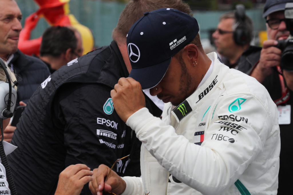 F1 | Hamilton: cancellati eventi pre GP [Video]