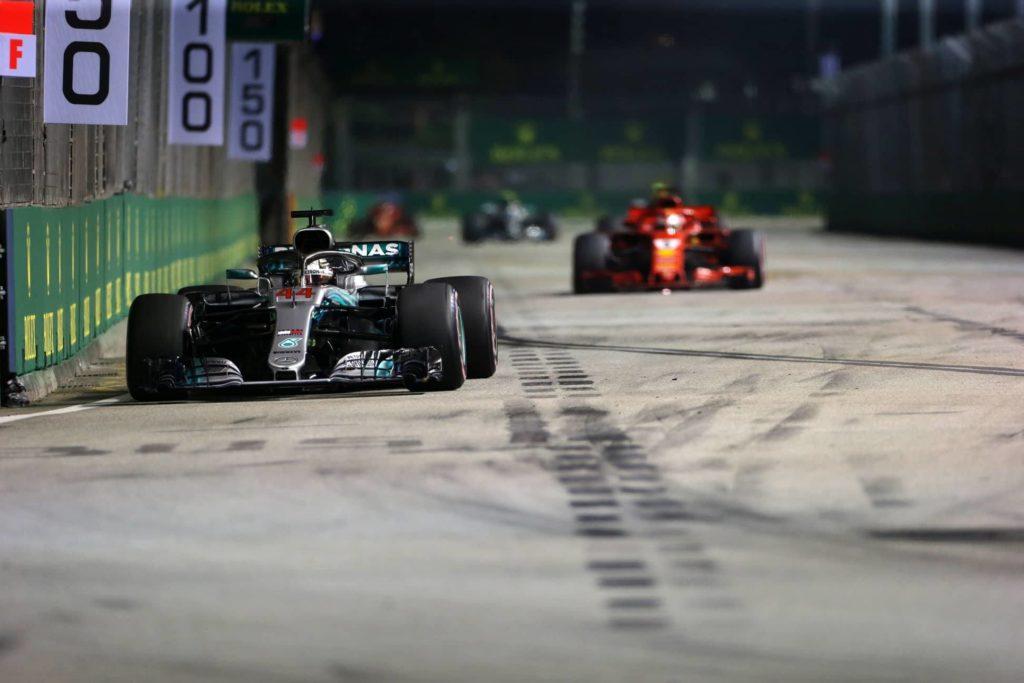 F1 | GP Singapore – La triste resa di una Ferrari travolta dalla solidità Hamilton-Mercedes