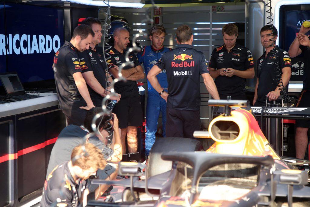 Formula 1, nel 2019 Kvyat torna in Toro Rosso