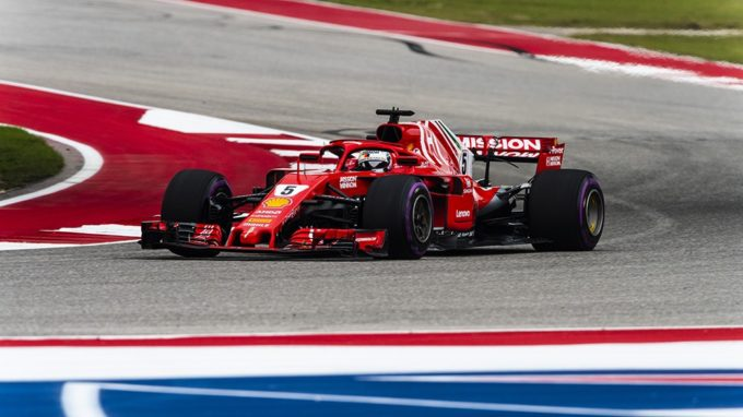F1, negli Usa vince Raikkonen: Hamilton rinvia la festa