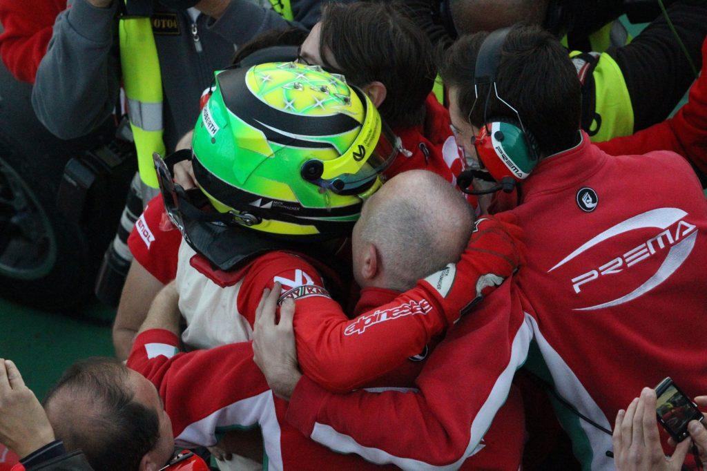 F3 | A Mick Schumacher basta Gara 2 per laurearsi campione: niente da fare per Ticktum