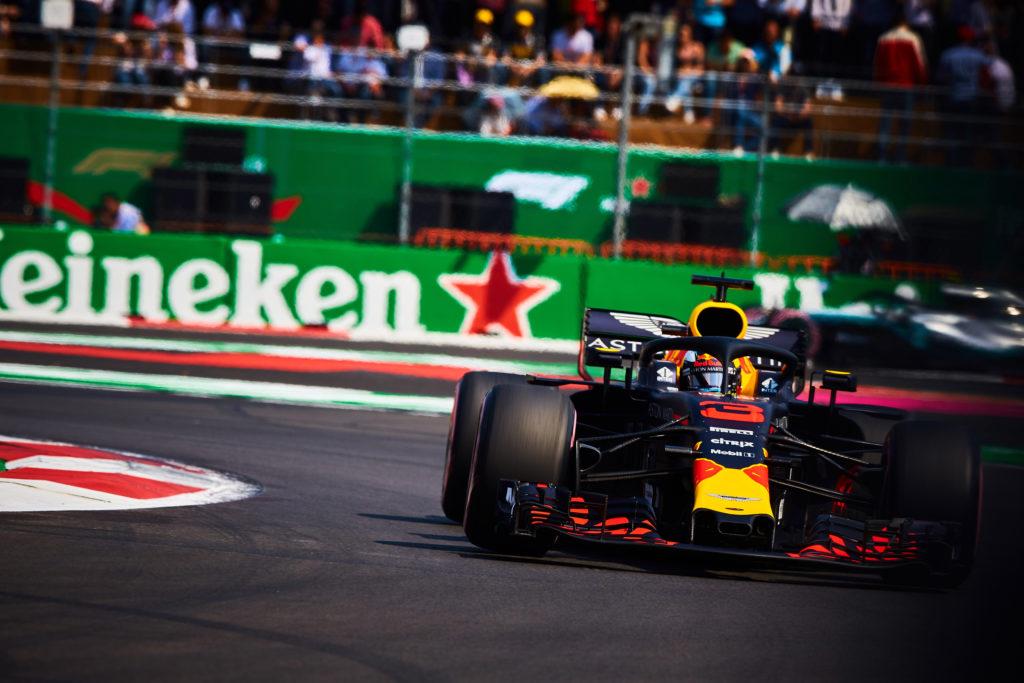 F1 GP Messico, Qualifiche: Ricciardo beffa Verstappen, Hamilton davanti alle Ferrari