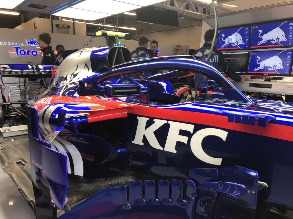 F1 | GP USA, Toro Rosso al Circuit of the Americas col marchio KFC sulle STR13