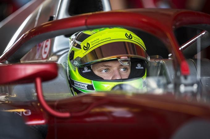FIA F2 | Mick Schumacher fa il suo debutto in categoria nei test di Abu Dhabi