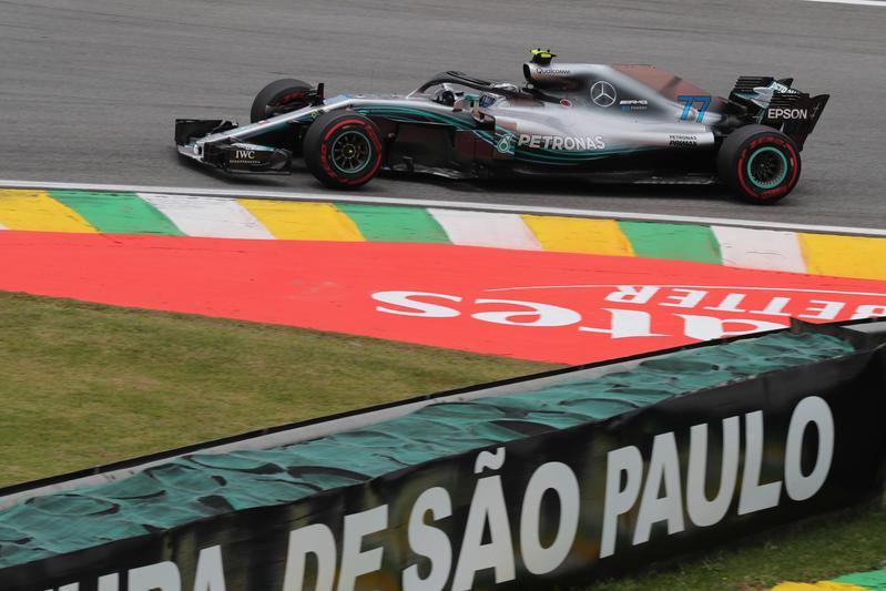 F1 GP Brasile, Prove Libere 2: Bottas al comando davanti a Hamilton