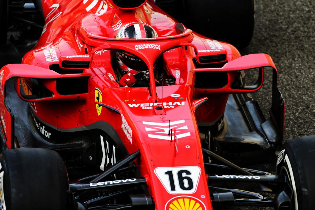 Test F1 Abu Dhabi 2018, giorno 2: Leclerc subito più veloce del tempo di Vettel, Sainz esordisce sulla McLaren
