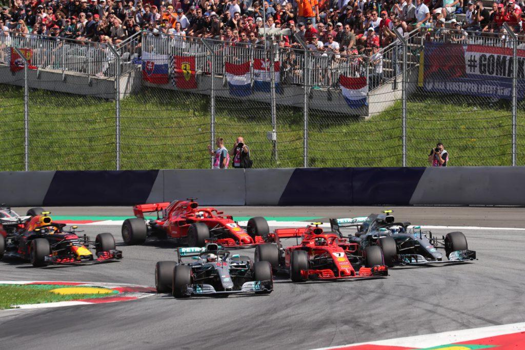 """F1   Mercedes, Wolff: """"Quest'anno la power unit Ferrari è stata fortissima, nel 2019 serve ambizione"""""""