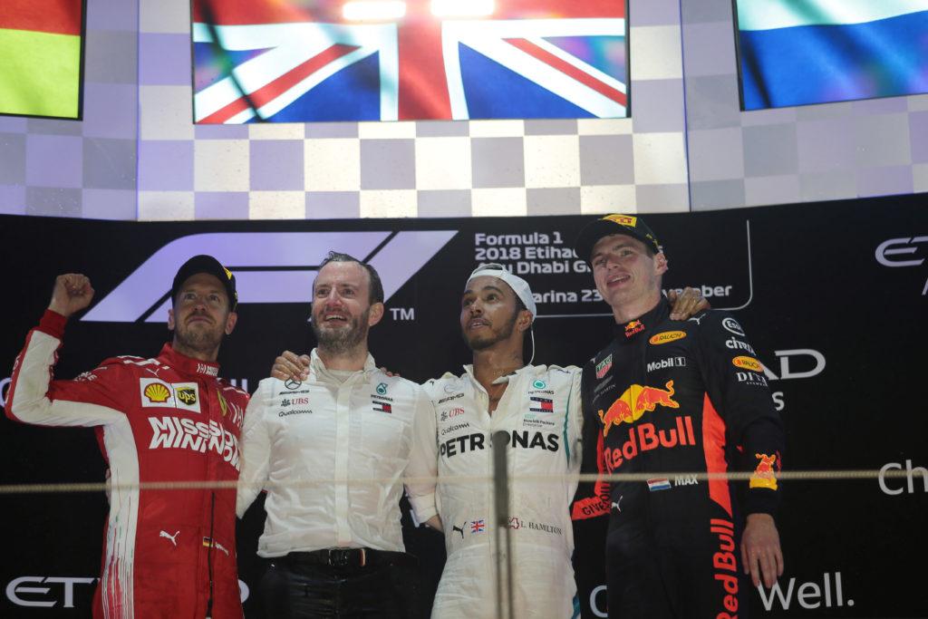 """F1   Hamilton pizzica la Ferrari: """"Il mio obiettivo per il futuro? Assicurarmi che non vincano neanche un mondiale"""""""