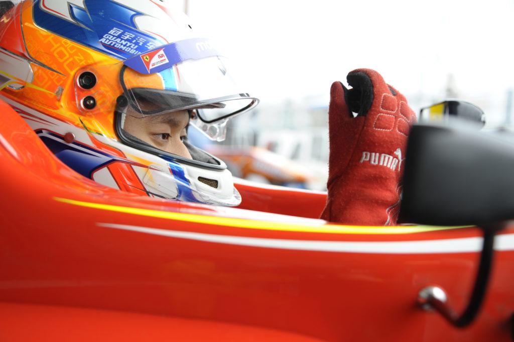 F1   La Renault ingaggia il giovane Guanyu Zhou come pilota di sviluppo al simulatore