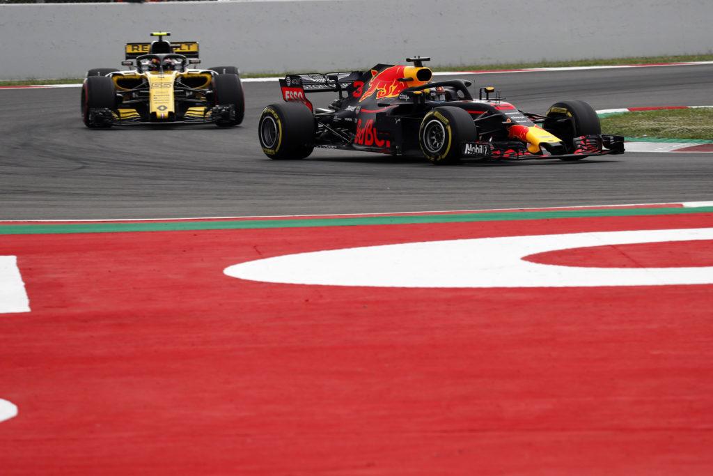 """F1   Renault, Budkowski: """"Red Bull ha paura di noi, per questo non ha permesso a Ricciardo di girare ai test di Abu Dhabi"""""""