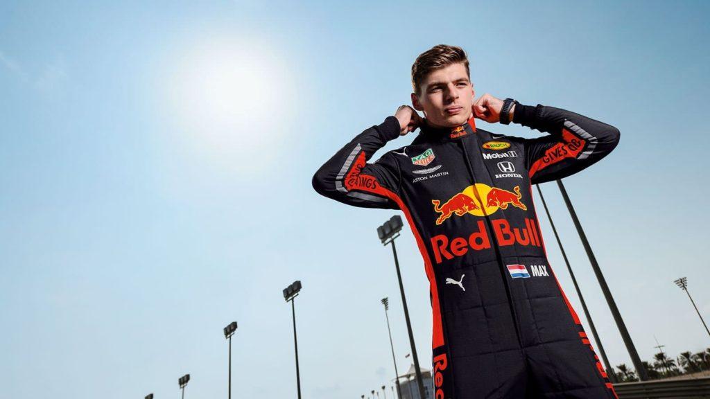 F1 | Red Bull, presentate le tute dei piloti per la nuova stagione
