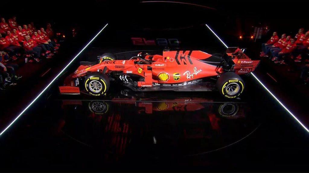 F1 | SF90 imponente e cattiva, la Ferrari si presenta come una squadra senza paura