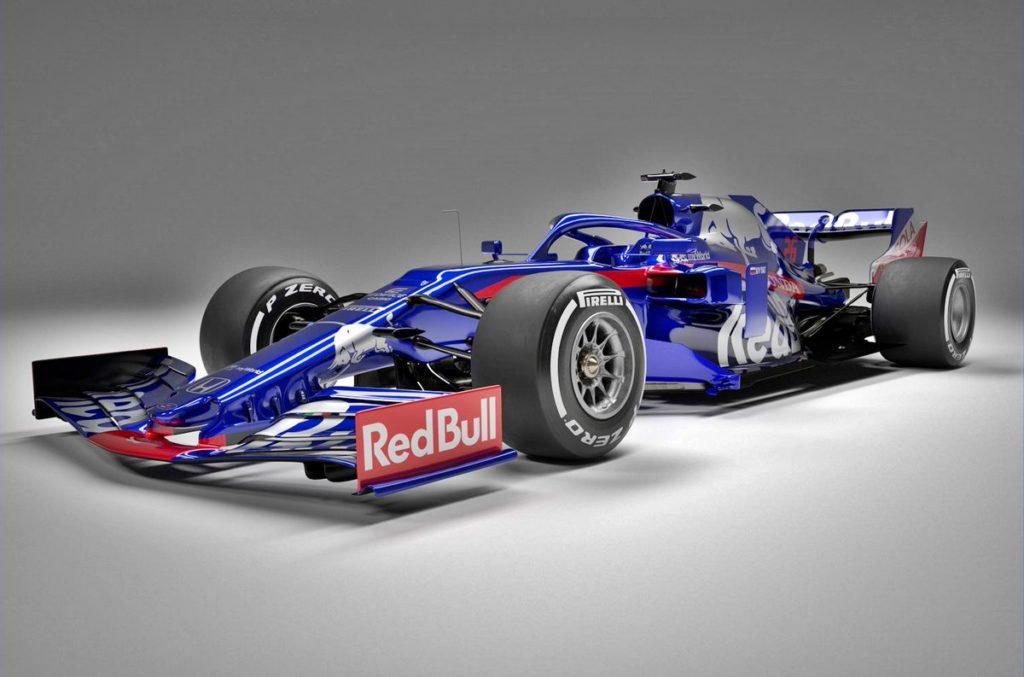 F1 | Toro Rosso, svelata la nuova STR14 per il mondiale 2019 [FOTO e VIDEO]