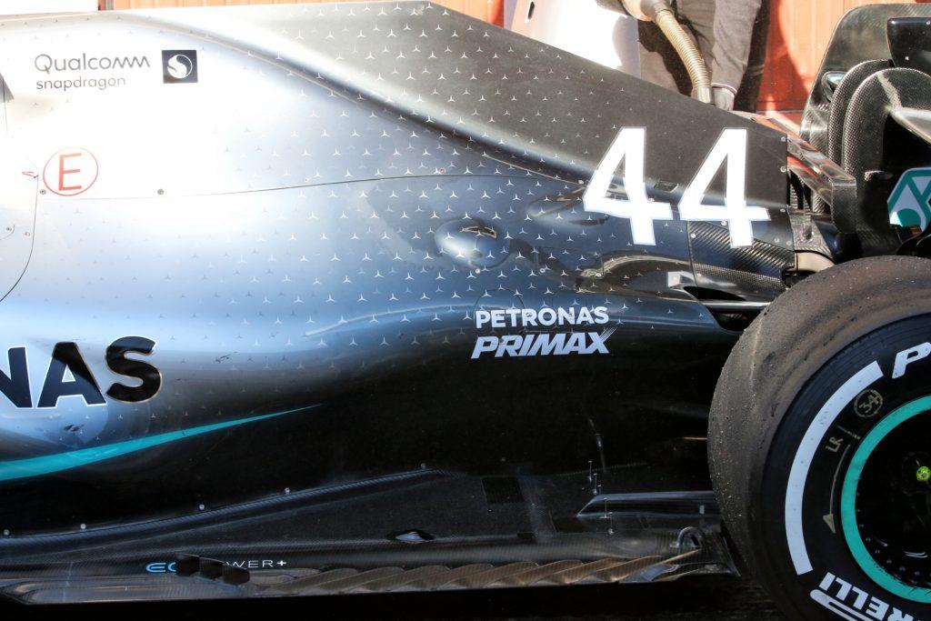 Formula 1 Test | Mercedes, rivoluzione aerodinamica sulla W10