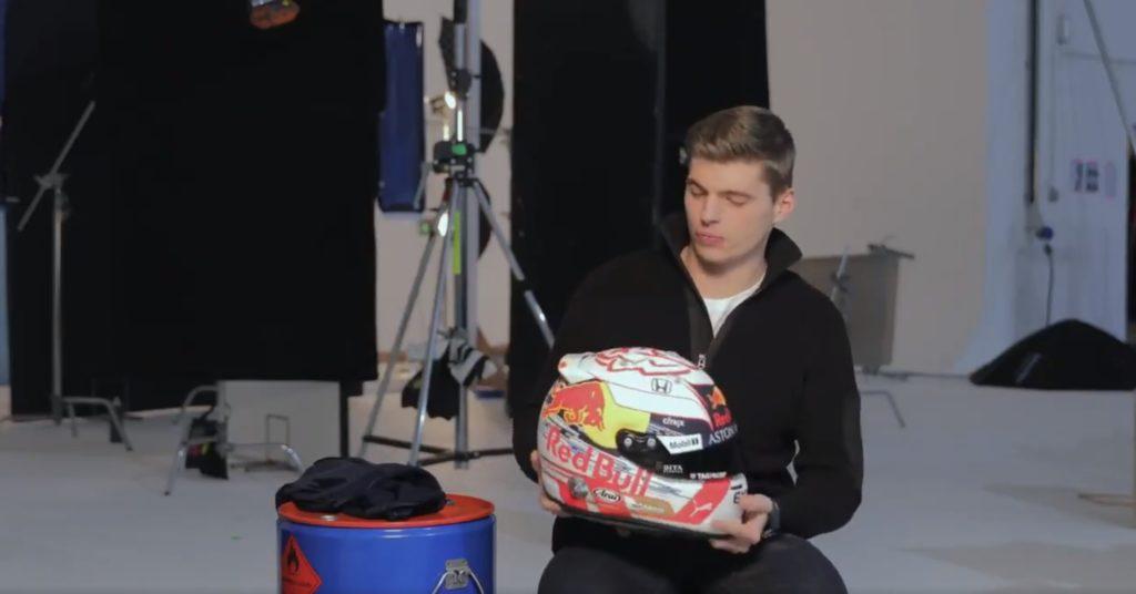 Formula 1 | Red Bull, Verstappen rompe la tradizione: casco bianco e oro per la stagione 2019