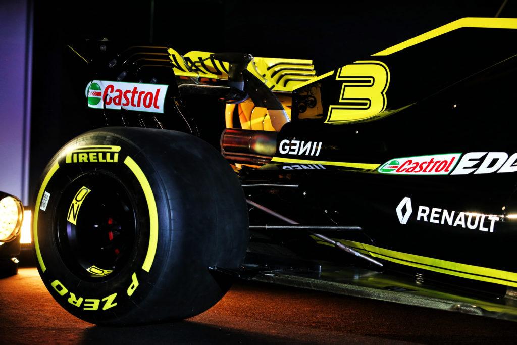 F1   Renault e Williams, saltano le sessioni di filming day prima dell'inizio dei test?