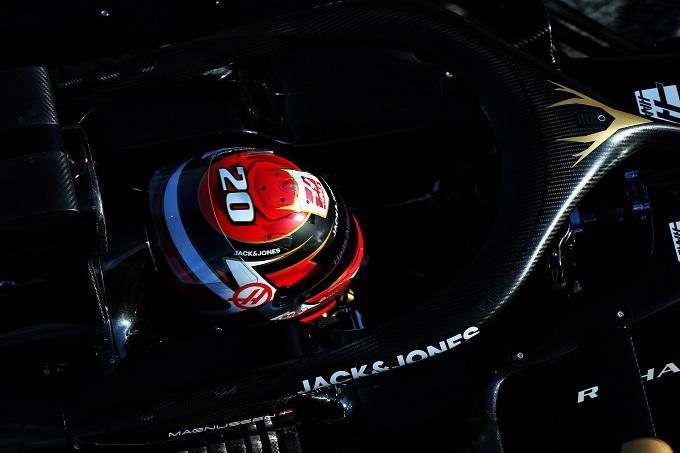 Formula 1 Test | Haas: Magnussen costretto a fermarsi per un problema al sedile