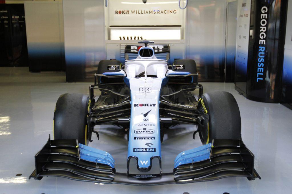F1 Test | Momento da incubo per la Williams: Russell e Kubica ai box anche domani?