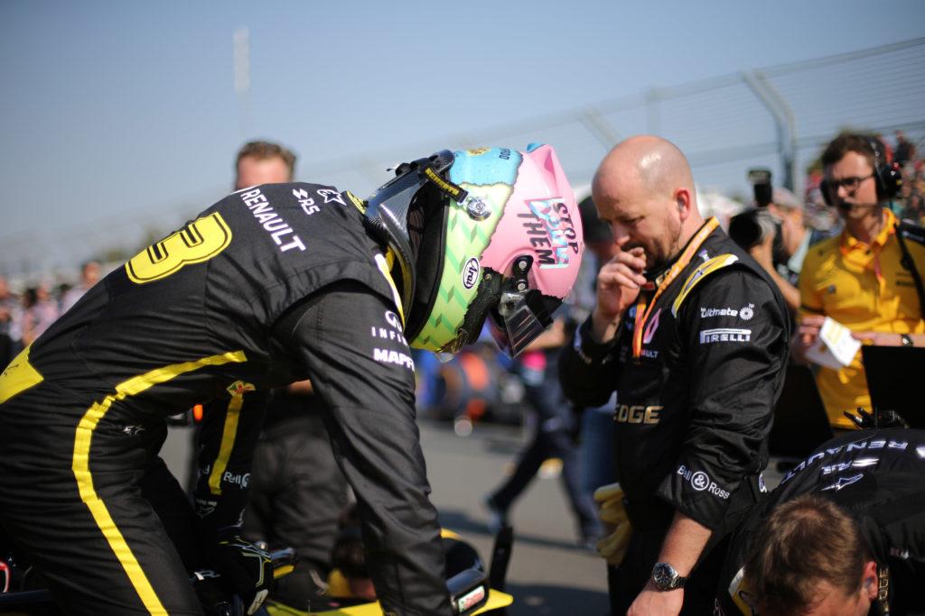 """F1   Ricciardo: """"Il messaggio sul casco? Non è rivolto alla Red Bull"""""""