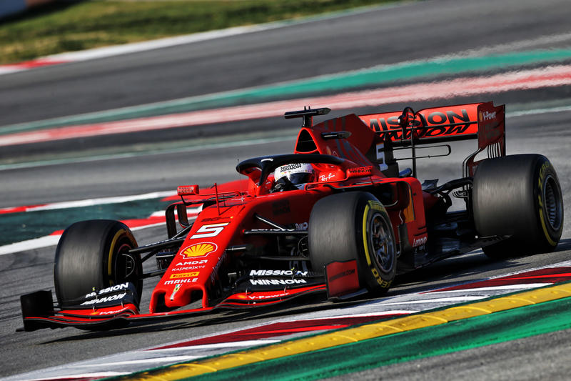 Test F1 Barcellona Sessione 2: Vettel comanda la classifica