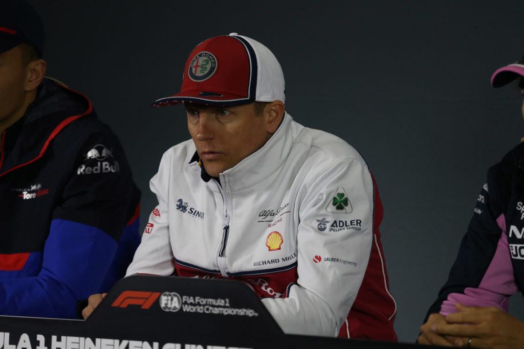 Formula 1 | Ferrari, Ecclestone si schiera contro la scelta di sostituire Kimi Raikkonen