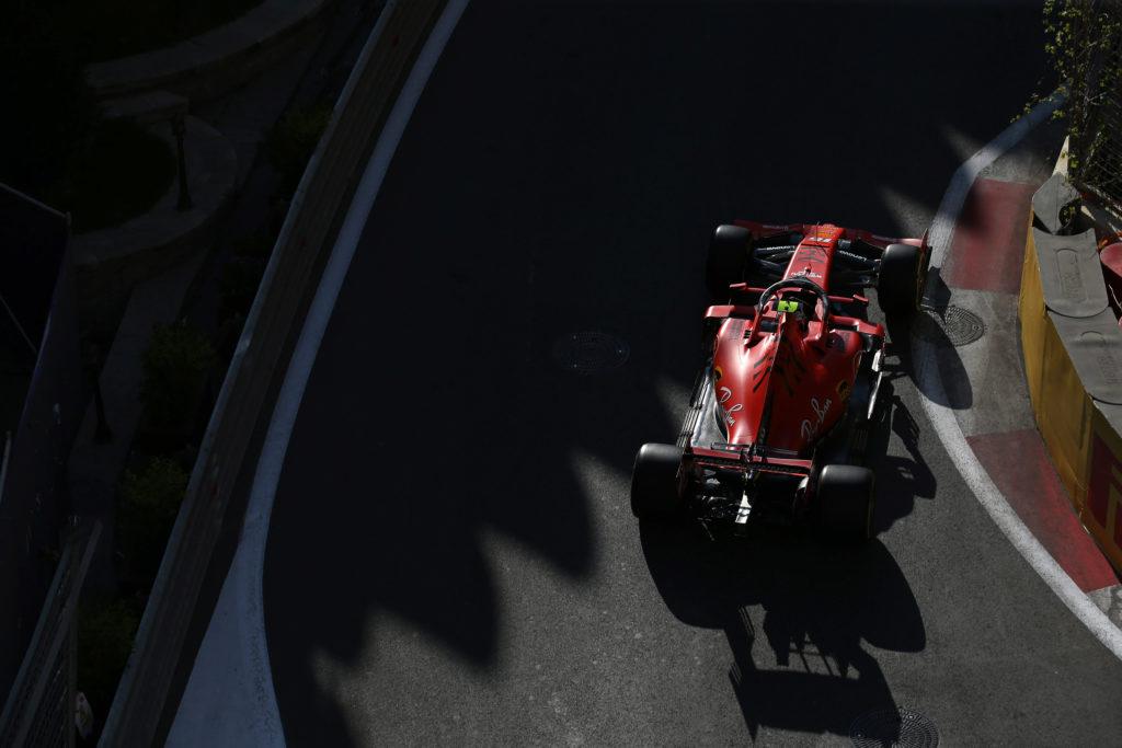 Formula 1 | GP Azerbaijan, Leclerc e Vettel al comando in una giornata a metà