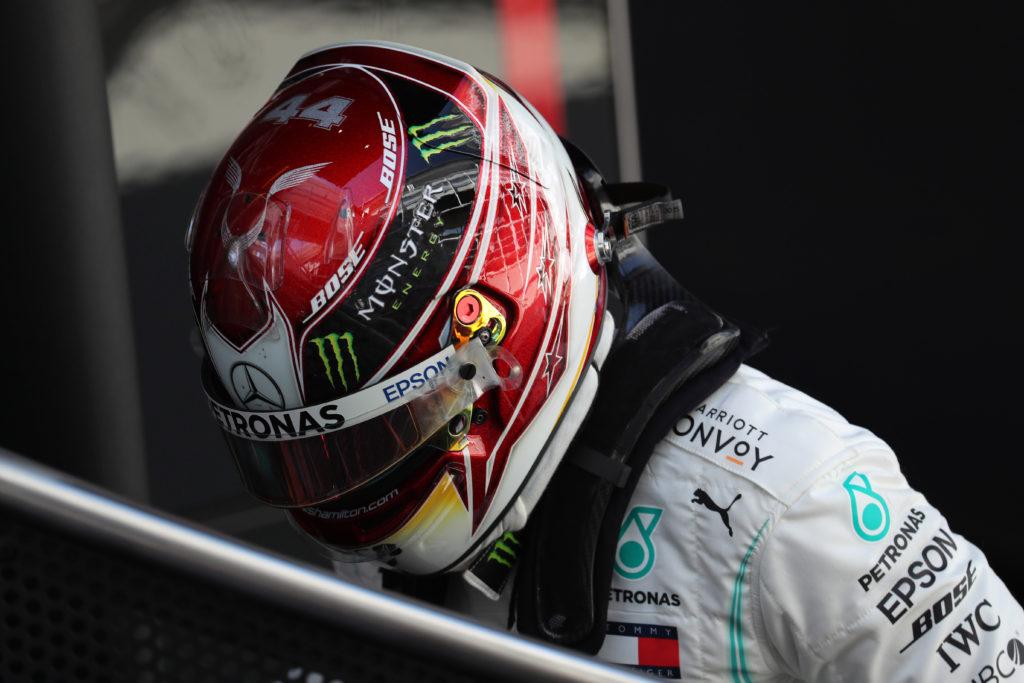 """F1   Mercedes, Hamilton: """"Giornata complicata per via del vento, ma tutto sommato positiva"""""""
