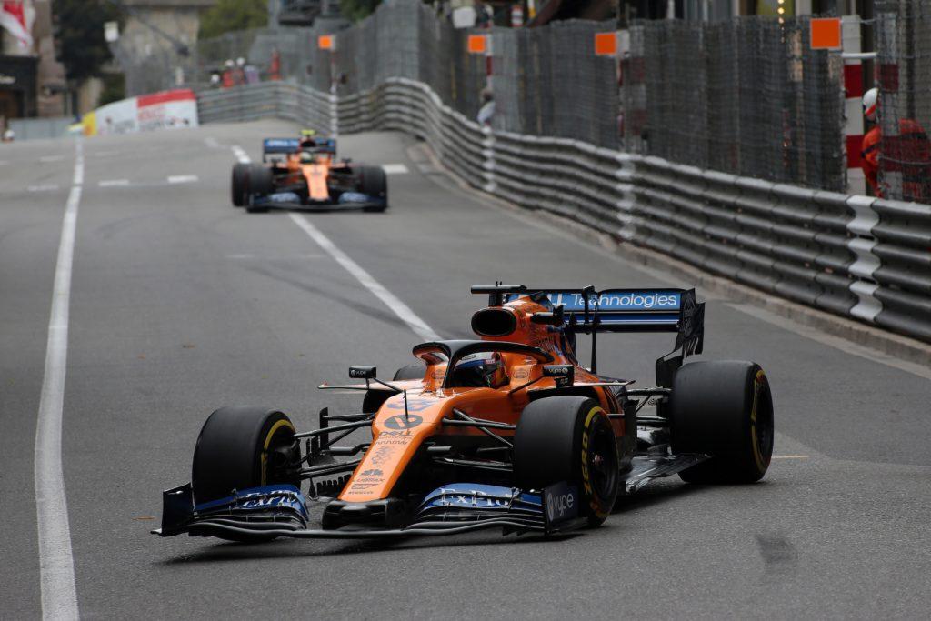 F1 | McLaren, giornata difficile per Sainz e Norris