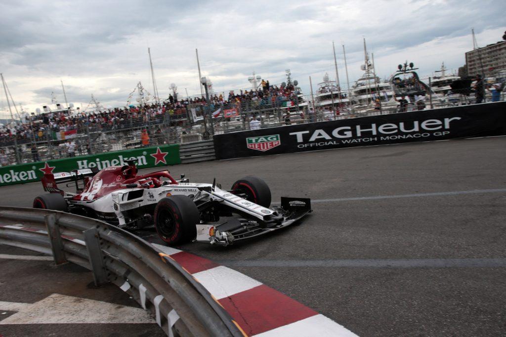 "F1 | Alfa Romeo, Raikkonen diciassettesimo al traguardo: ""Gara noiosa"""