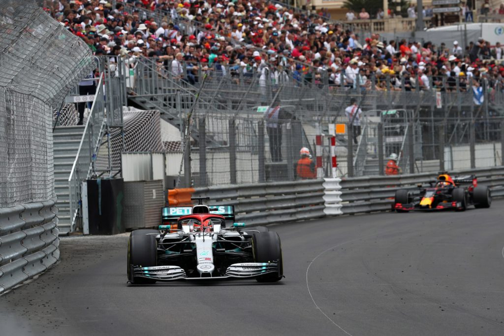 "F1   Mercedes, Hamilton: ""Oggi Niki ha guidato e vinto con me"""