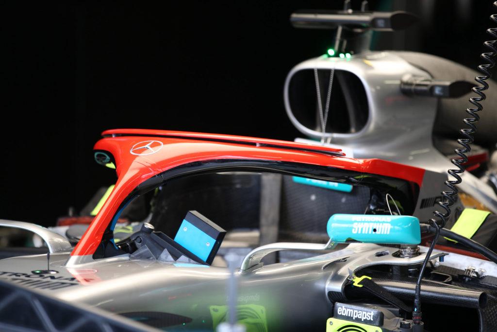 Formula 1   Ricordo Lauda, Mercedes non confermerà il rosso sull'Halo