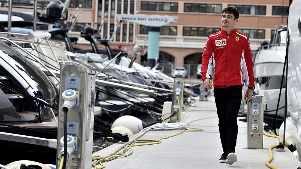 Formula 1 | Monaco, Charles Leclerc e la Ferrari scaldano i tifosi in vista del GP