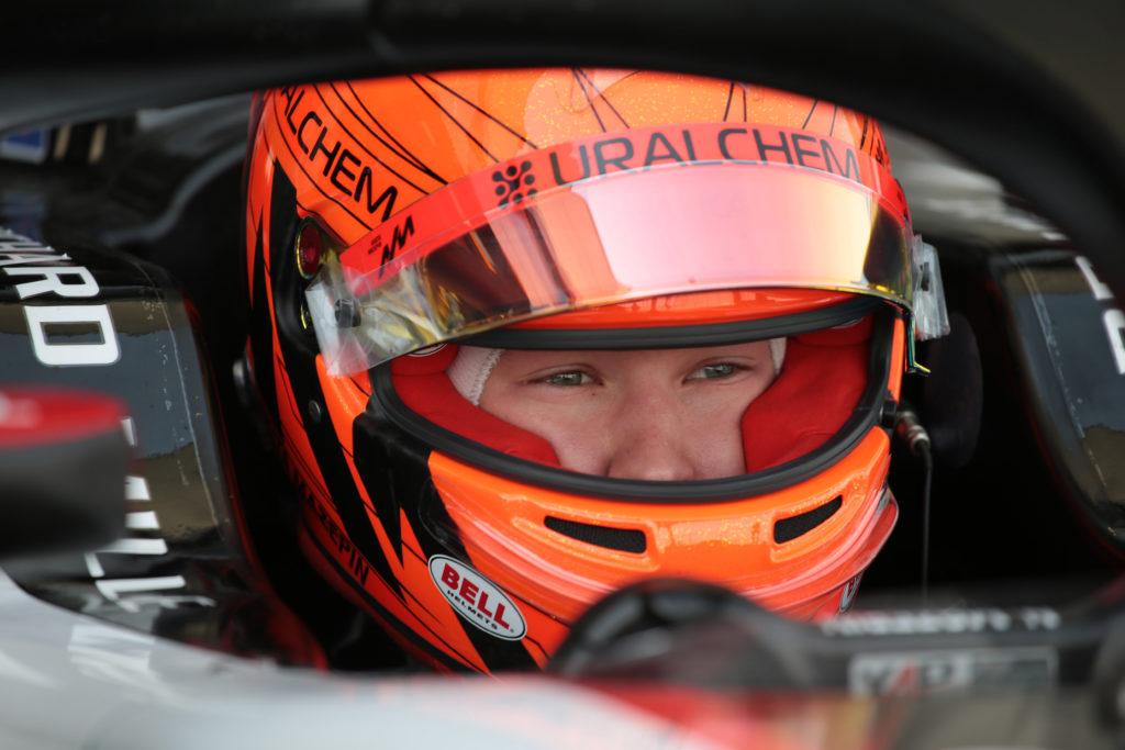 Formula 1   Test Barcellona, Mercedes in pista con Bottas e Mazepin