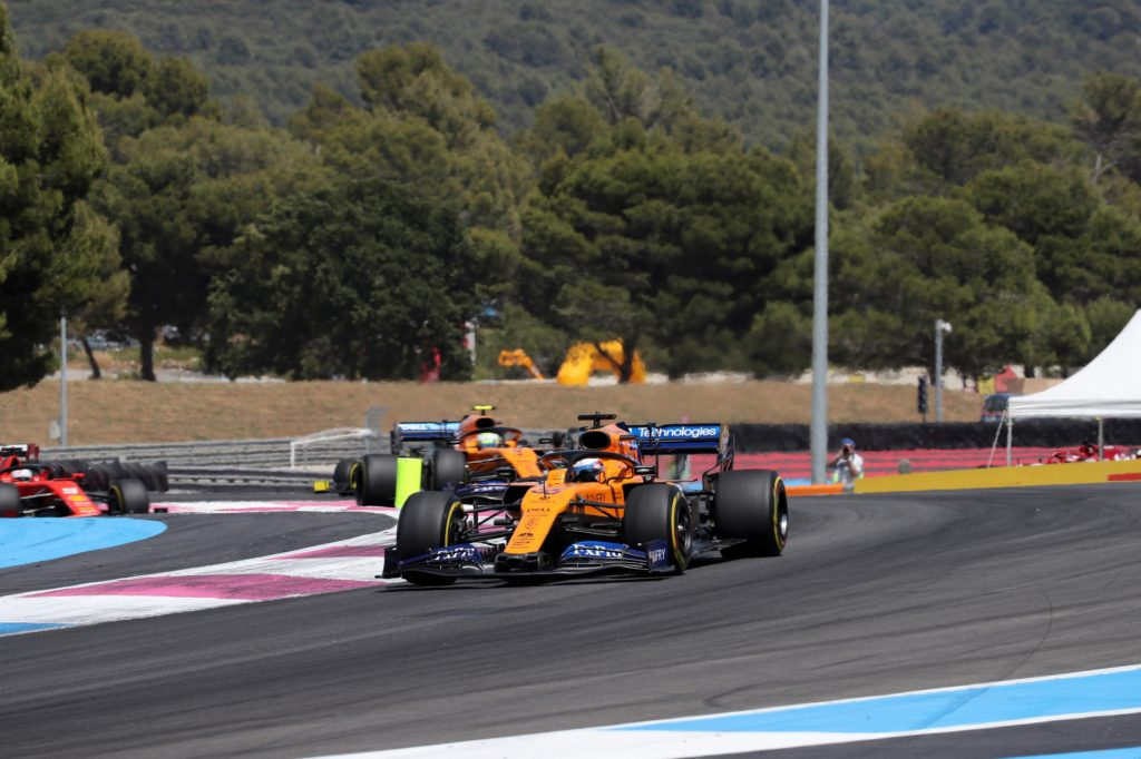 "F1 | McLaren, Sainz sesto al traguardo: ""Continuiamo così!"""