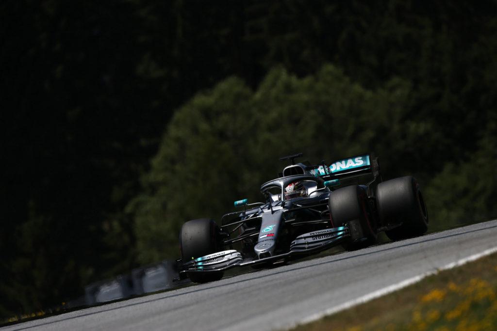 F1   Hamilton sotto investigazione per impeding nei confronti di Raikkonen in qualifica