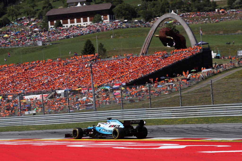 """Formula 1   Williams, Robson si complimenta con Russell: """"Ha guidato molto bene"""""""