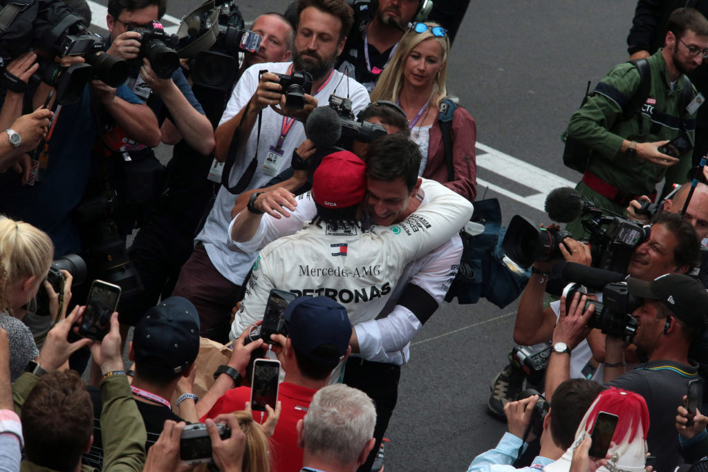 "Formula 1 | Mercedes, Wolff scommette su Hamilton: ""Può raggiungere Schumacher"""